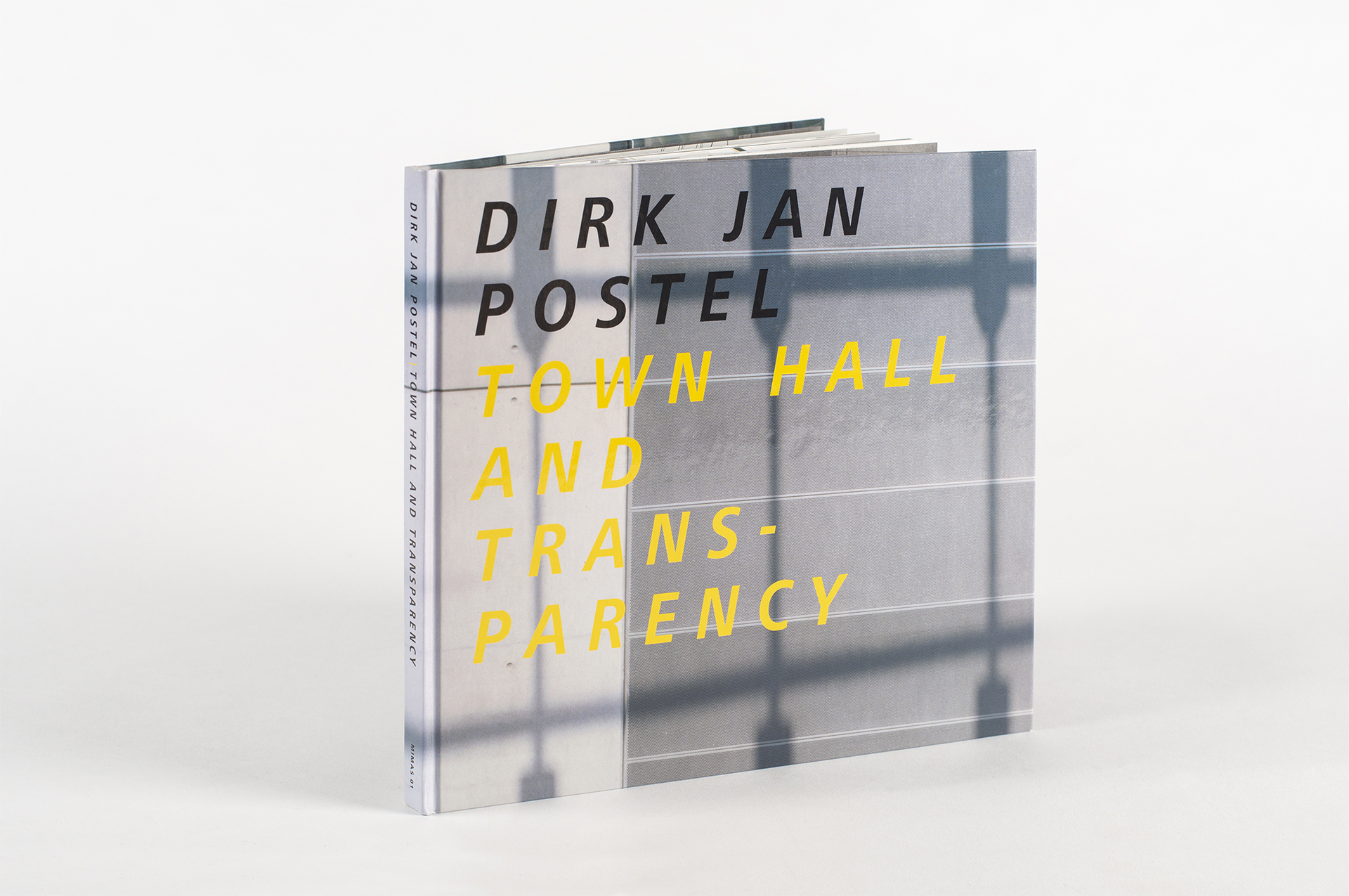 Dirk_Jan_Postel_-_Town_hall_and_transparency.jpg