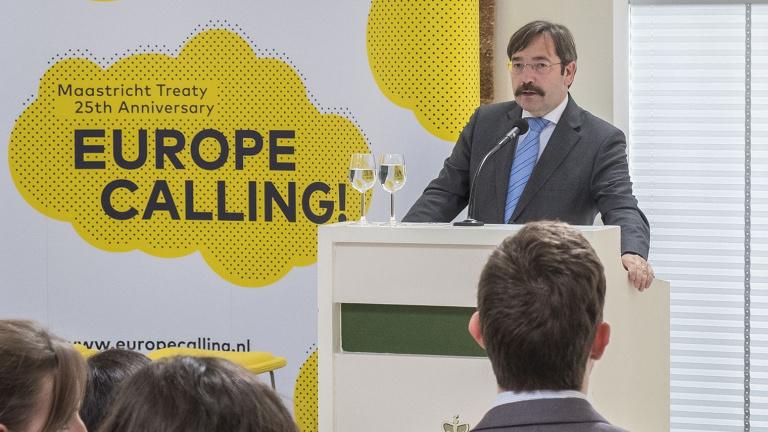 Theo Bovens tijdens EU & ME conferentie Europe Calling!
