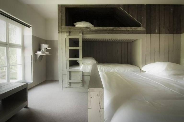 Teaching Hotel Piet Hein Eek.jpg