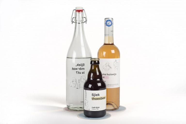 Café Sjiek etiketten voor waterfles, bierfles en wijnfles
